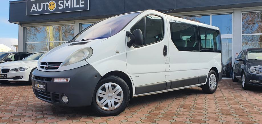 Opel Vivaro 2,5 DTI, PUTNICKI. 8+1, KLIMA, REG.3.2021