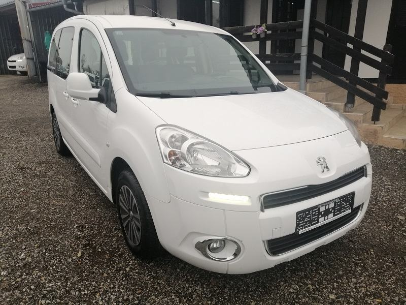 Peugeot Partner 1,6 e-HDi*68kw*Klima*Led svjetla*2xBočna Klizna Vrata*
