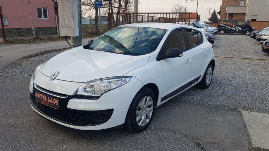 Renault Megane 1.5 dCi • 2013 • Na ime, nema 5% • Servisna •