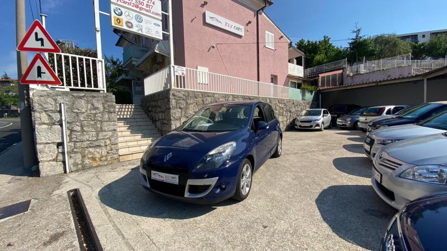 Renault Scenic xmode 1.9 dCi 130 Ks)