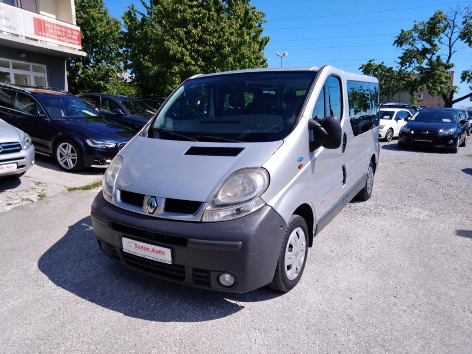 Renault Trafic 2,0 dCi 8+1