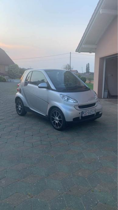 Smart fortwo coupe cdi Softouch +nove zimske gume
