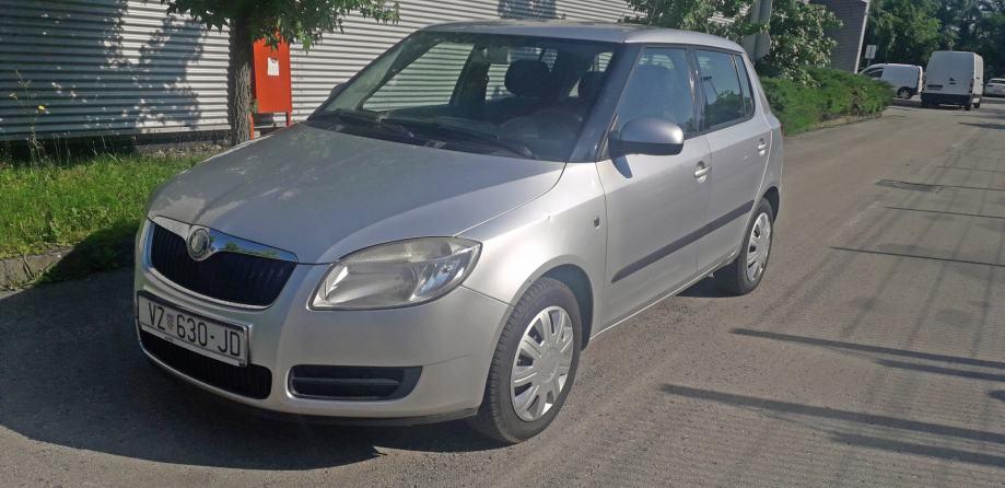 Škoda Fabia 1,2 i -PRVI VLASNIK- NIJE UVOZ- KLIMA -kartice do 60 rata