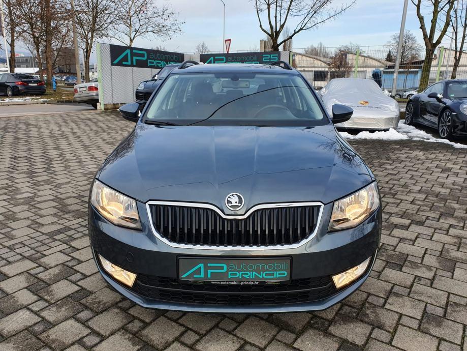 Škoda Octavia Combi 1.6TDI DSG ''AMBITION'' NAVI-TEMP-BT