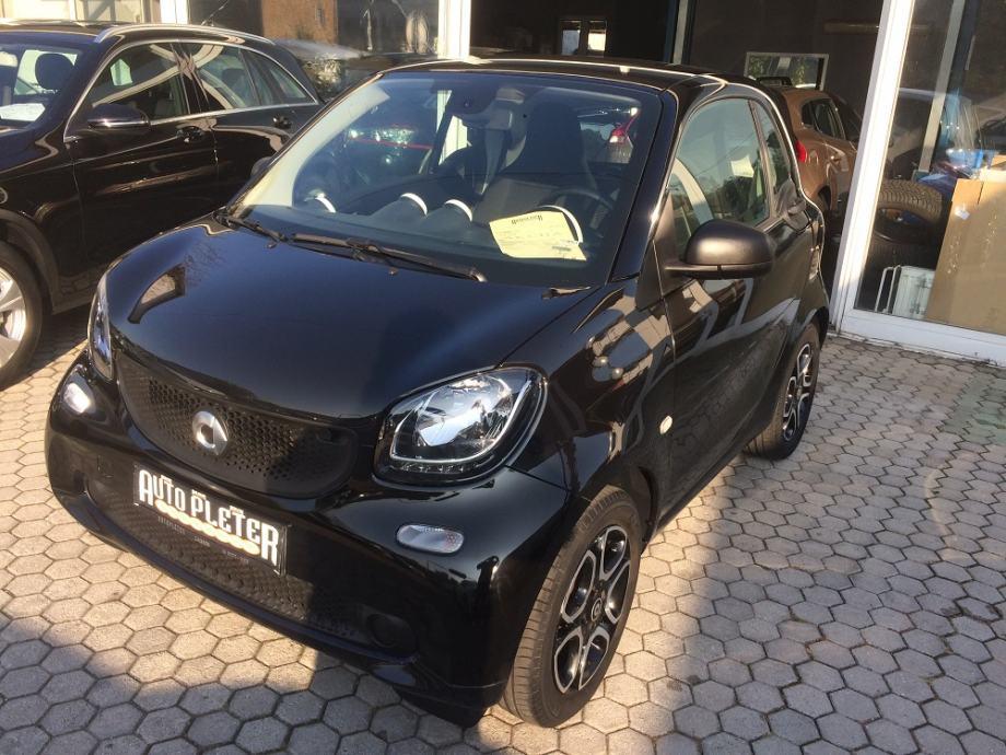 Smart fortwo coupe 1.0 AUTOMATIK,46600 KM , SERVISNA,GARANCIJA!
