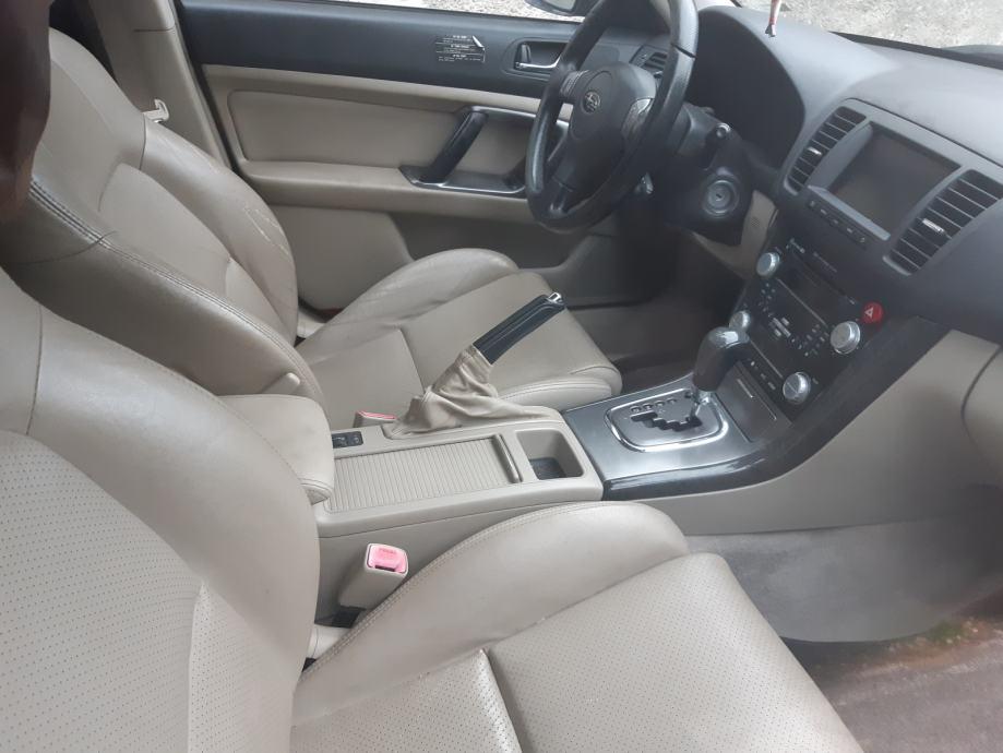 Subaru Legacy 3,0 ZK automatik