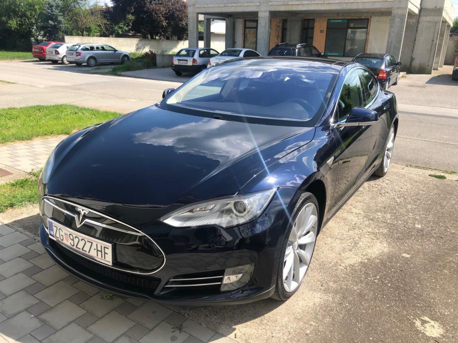 Tesla Model S P85 Performance! Free Supercharger! Hitno