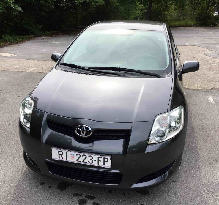 Toyota Auris 1,6 VVT-i