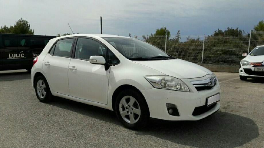 Toyota Auris 1,8 HSD Hybrid Automatik , Registriran