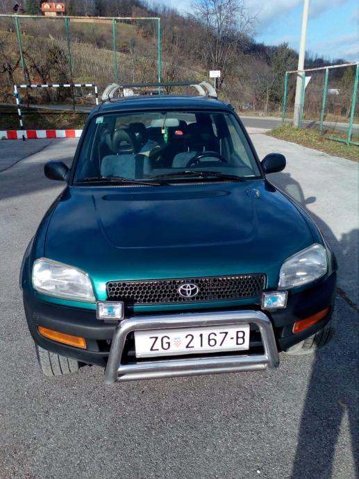 Toyota RAV4 2,0 GX
