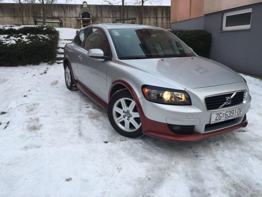 Volvo C30 2,4 i