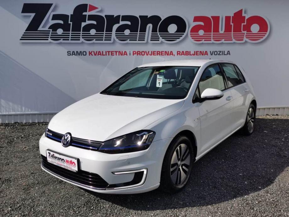 VW e-Golf VII automatik  07.2017.LED,KAMERA,NAV,GRIJANA SJEDALA...