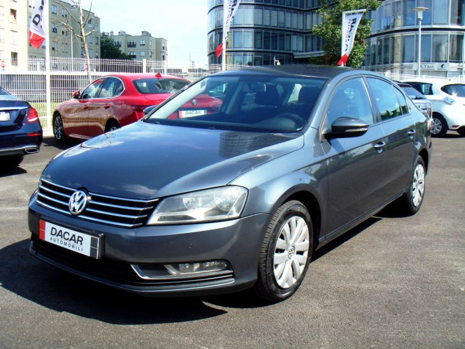 VW Passat 1,6 TDI BlueMotion- akcija 7.900 Eur