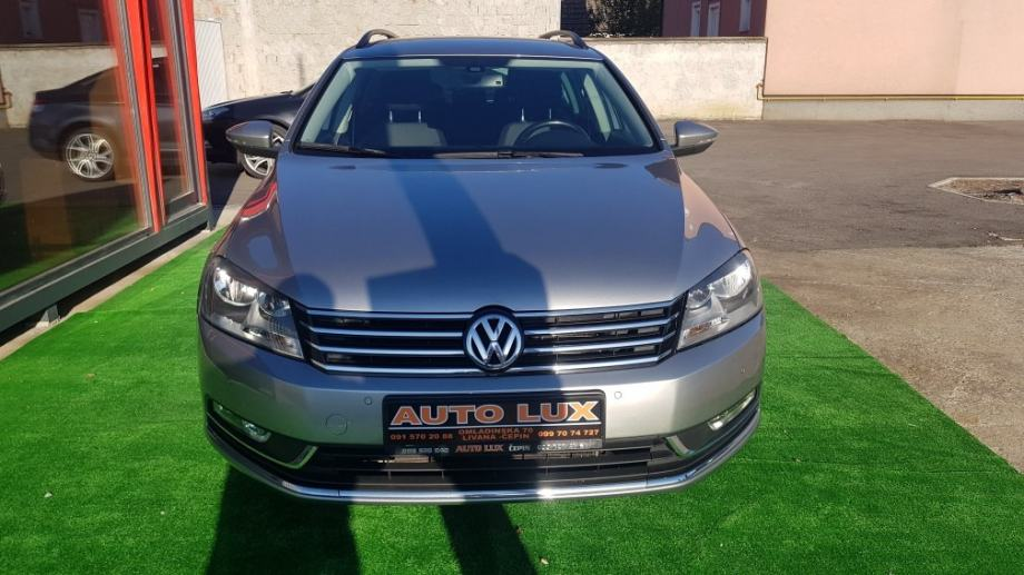 VW Passat Variant 1,6 TDI BMT•Servisna•Navi •139000 km•..REZERVIRAN..