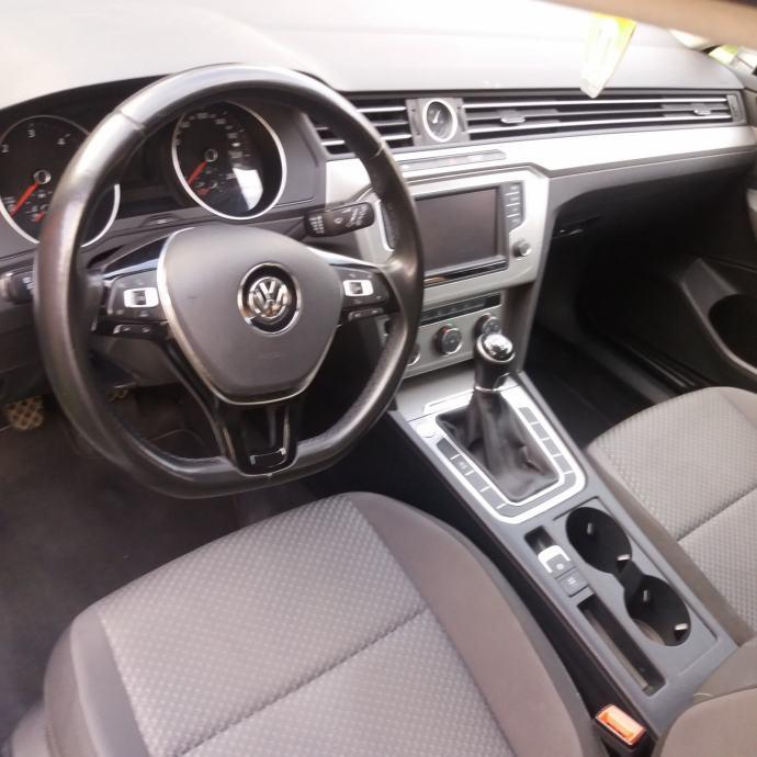 VW Passat Variant 1,6 TDI BMT, 2015 God