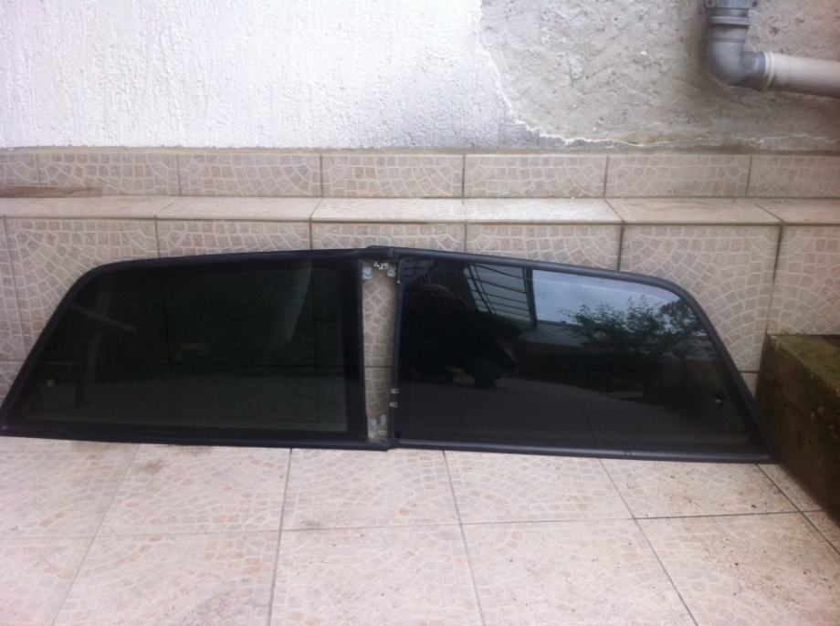 Audi A3 staklo