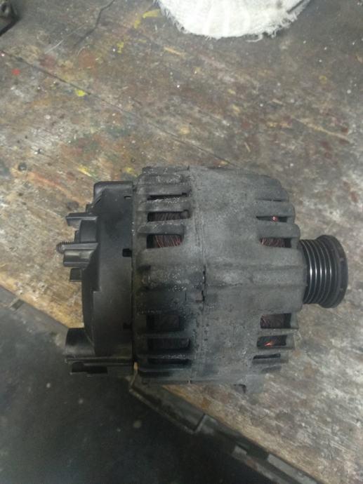 Audi a4 b8 alternator