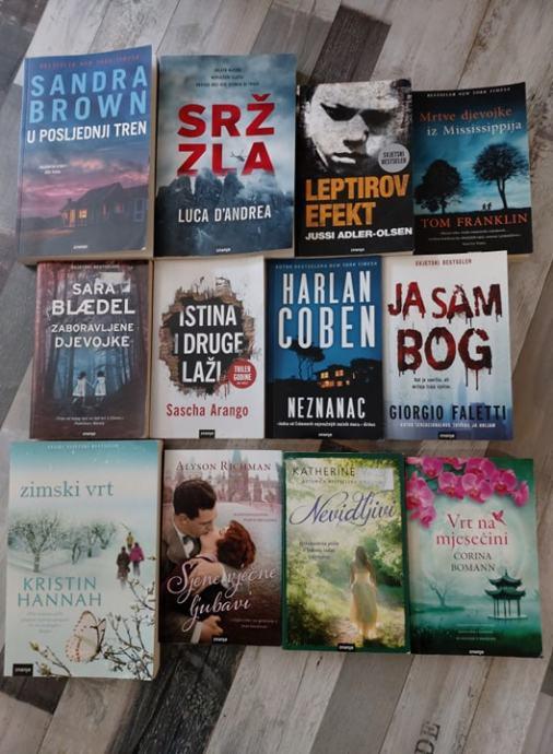 17 knjiga u kompletu za 150 kn