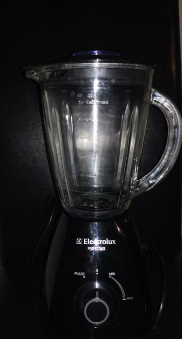 Blender Electeolux ESB2300