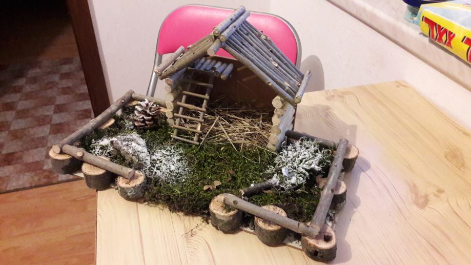 Ručno izrađene božićne jaslice