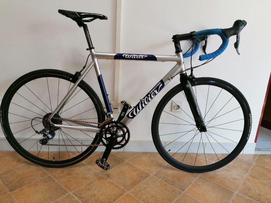 cestovni bicikl/ specijalka 56 cm  ***3200 kn******