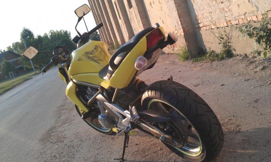 Kawasaki er6n 650 cm3 - *Zamjena za motor rr ili jači