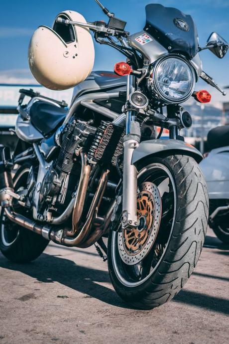 Suzuki Bandit 1200 cm3, 2003 god.