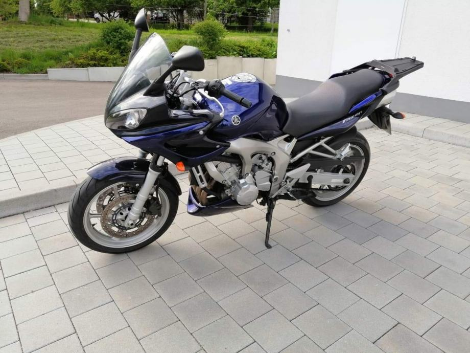 Yamaha Fz 6 fazer 599 cm3, 2004 god.