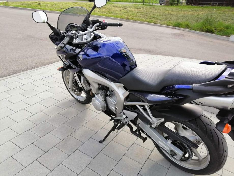 Yamaha FZ 6 N Fazer (2004), 49.999 Kč - TipMoto.com
