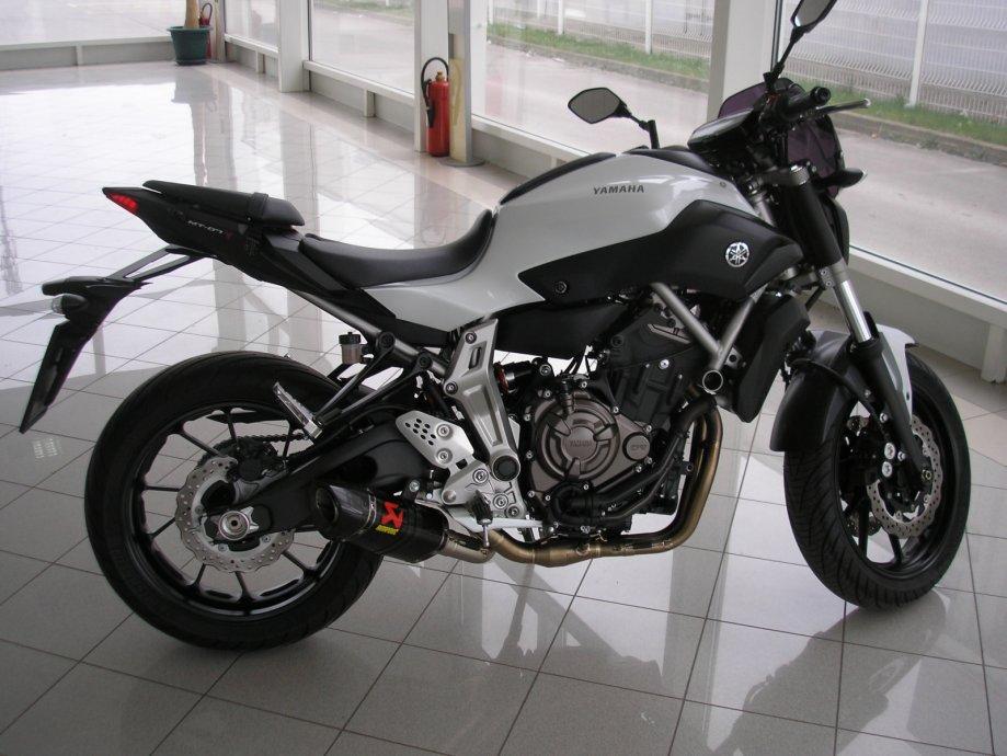 Yamaha Mt 07 689 Cm3 Akrapovic Tvornicka Garancija Do 2018