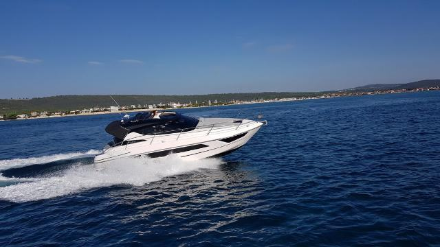 FOCUS POWER 33 HARD TOP- MOTOR YACHT CHARTER IN SUKOSAN-2020-NEW