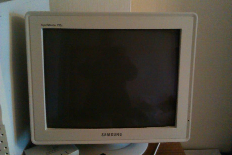 SAMSUNG MONITOR SyncMaster 793s 17""