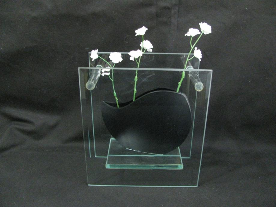 Cvijetnjak ART-DEKO, UNIKAT. Brušeno staklo 18 x 20 cm. SAND