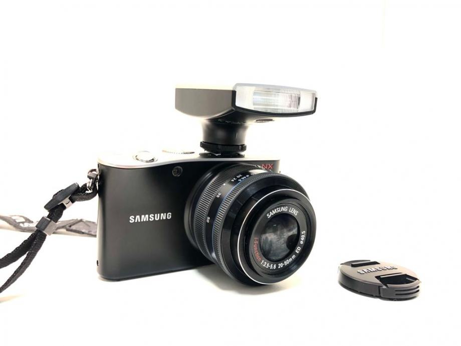 SAMSUNG NX100, R1 RATE!