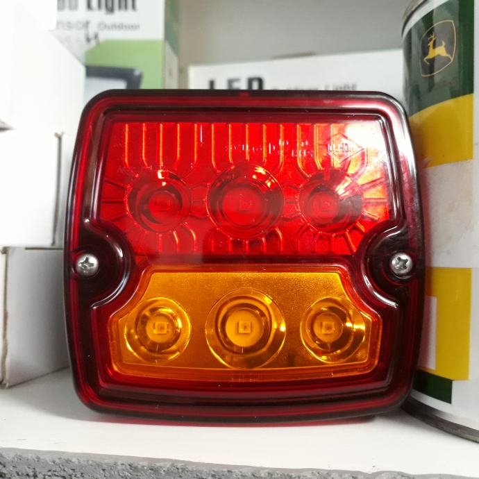 STOP LAMPA KVADRATNA LED