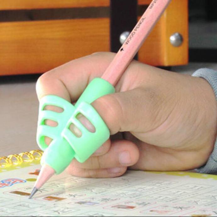 Korektor držanja olovke, nezamjenjiva pomoć kod učenja pisanja, novo!