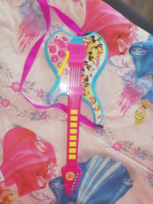 Gitara Violeta
