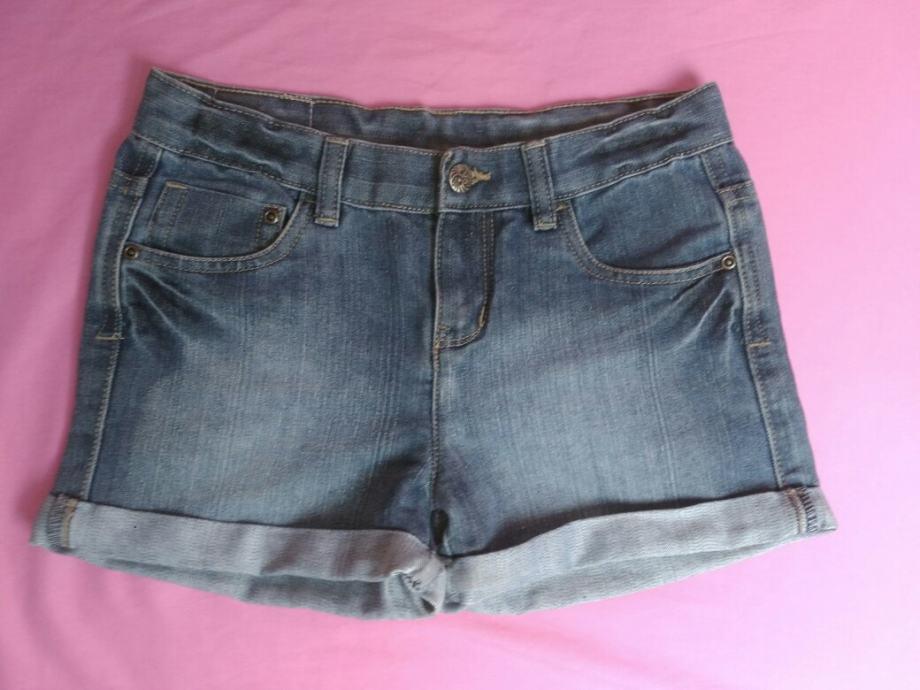 Kratke hlače za curke vel. 152