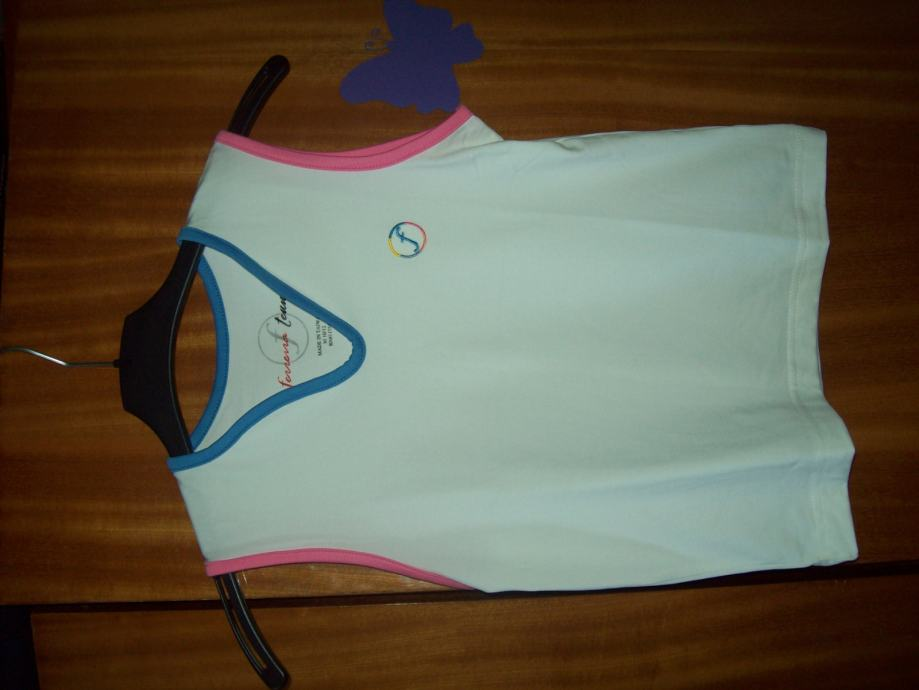 Prodajem djecju zensku majcu.Marke;FEREIRA TENNIS.Za;10-12y.(TAIWAN).