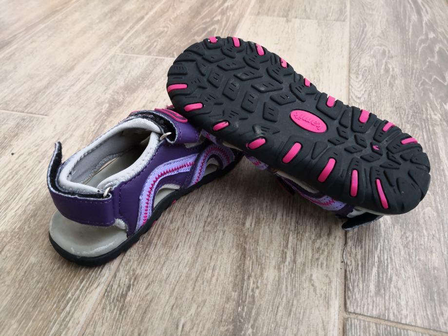 Kamik sandale za cure, broj 29