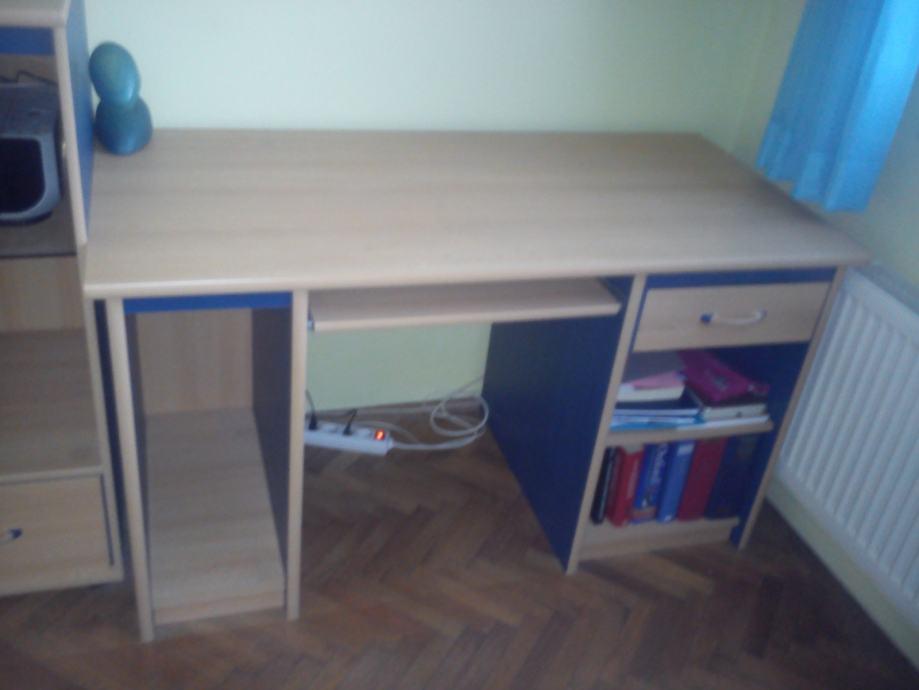 Komoda, radni stol i dvosjed - idealno za dječju spavaću sobu