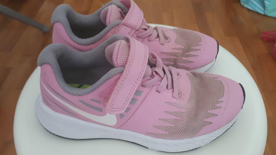 Nike tenisice br. 29,5