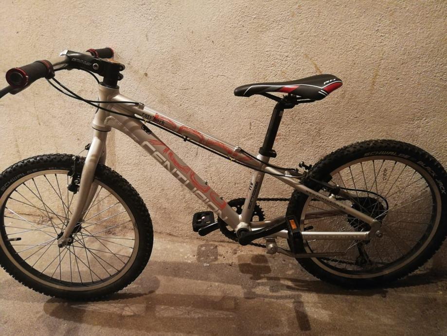 Bicikla CENTURION