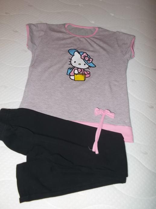 Novi lot Hello Kitty, broj 122/128, 50 kn +pt