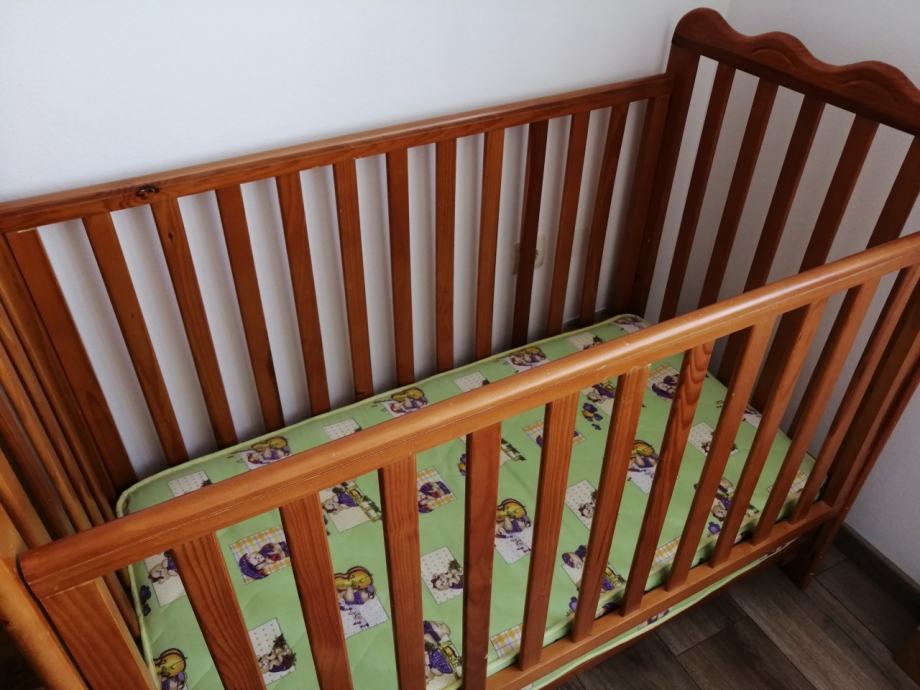 Dječji krevetić + madrac. HITNO!