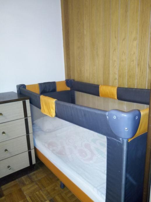 Dječji krevetić sa madracem, sklopiv i prenosiv