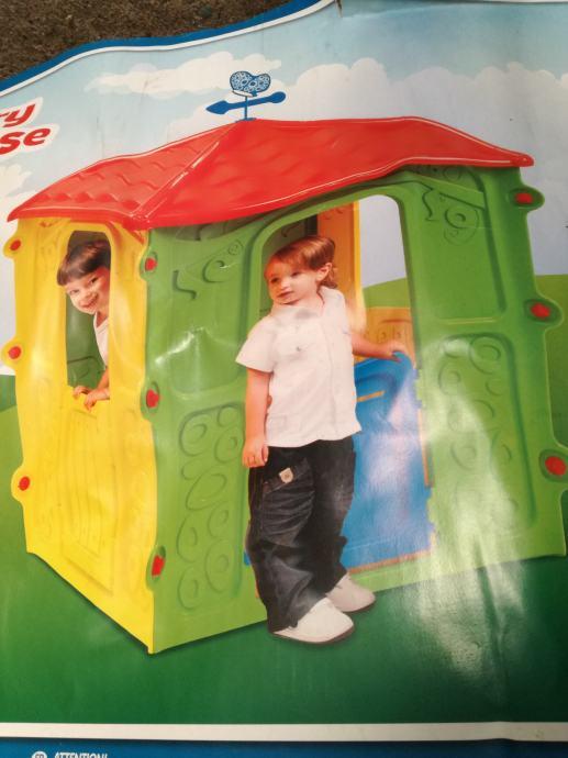 Plastična kućica za djecu