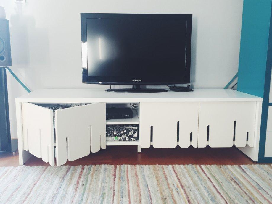 Ikea Tv Komoda Ps 2012 Kolekcija Rabljeno