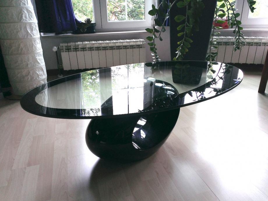 Predivan dizajnerski stakleni stoli for Divan namjestaj