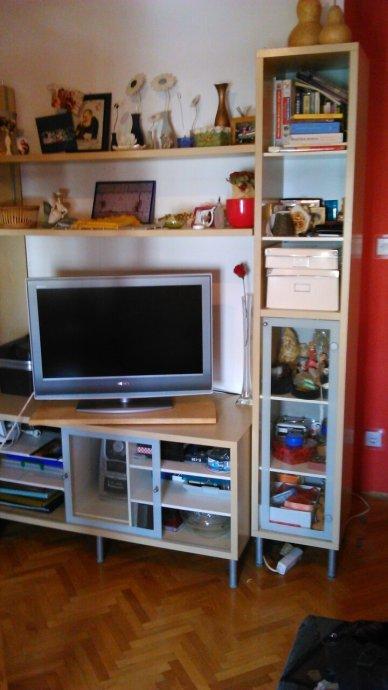 Regal za TV- IKEA